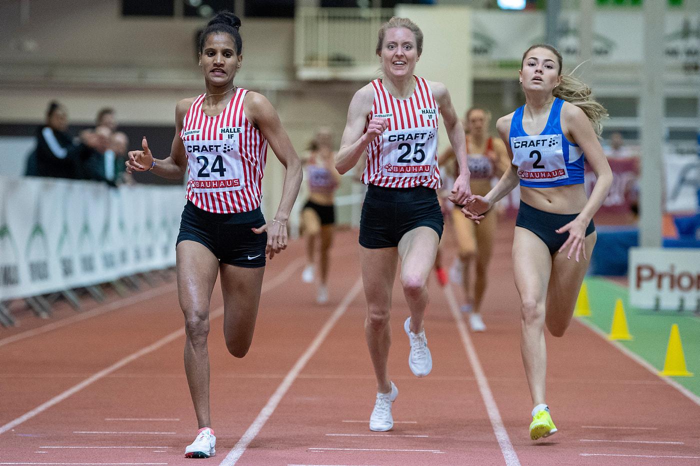 Toppenlopp och Silver för Alice på 1500 m