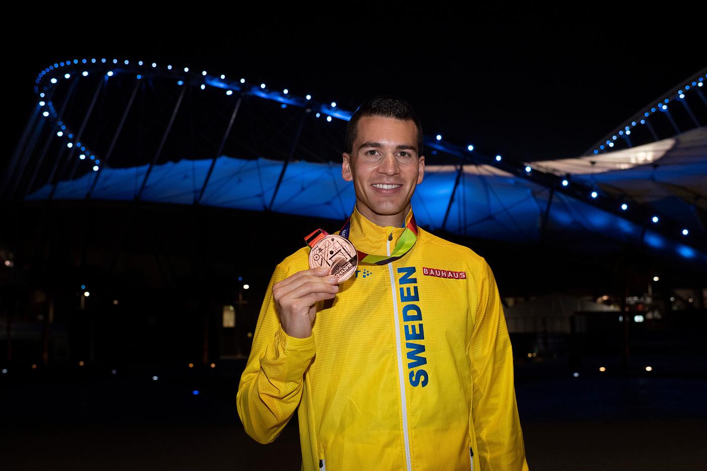 OS-hoppet vann säsongspremiären på supertid